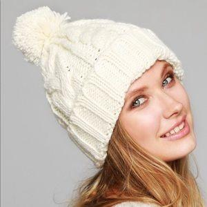 Emma Soft Cable Knit Pom Pom Beanie